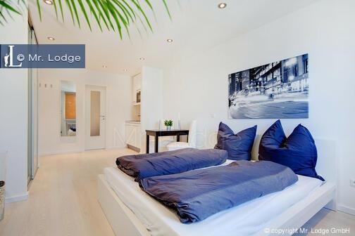 1 zimmer wohnung m bliert waschmaschine in der wohnung m nchen schwabing 6733. Black Bedroom Furniture Sets. Home Design Ideas