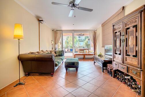 4 zimmer wohnung m bliert parkettboden m nchen giesing 7252. Black Bedroom Furniture Sets. Home Design Ideas