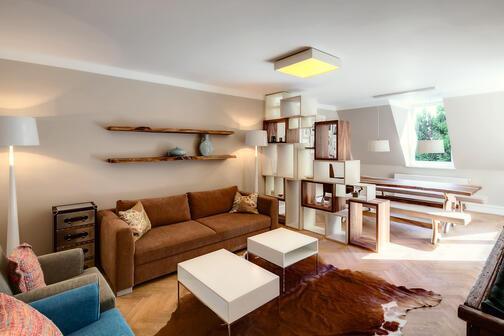 2 zimmer wohnung m bliert waschmaschine in der wohnung m nchen schwabing 8710. Black Bedroom Furniture Sets. Home Design Ideas