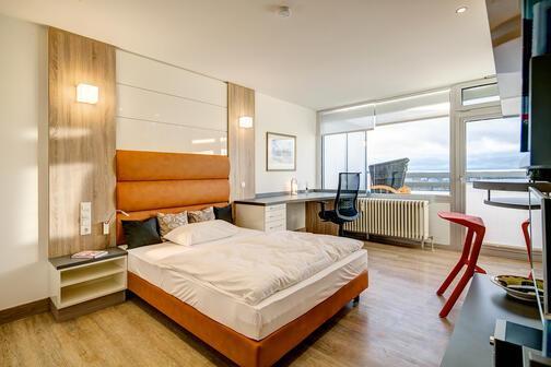 1 zimmer wohnung m bliert m nchen parkstadt solln 9841. Black Bedroom Furniture Sets. Home Design Ideas