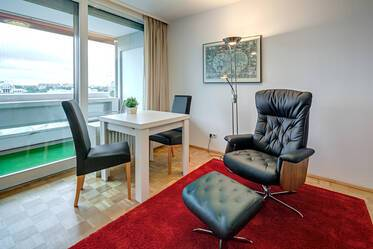 Apartment mit Panoramablick im Arabellapark