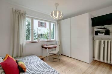 wohnen auf zeit in gr felfing. Black Bedroom Furniture Sets. Home Design Ideas